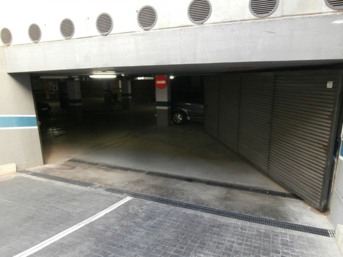 Parking  For Rent in Quatre Carreres, València
