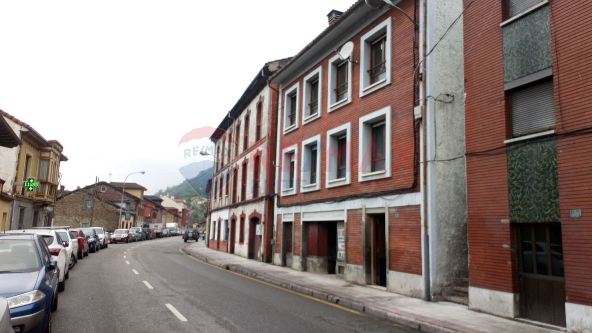 Edificio de Viviendas en Venta en  aller