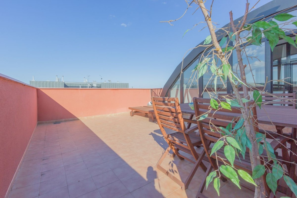 Penthouse  For Sale in Campanar, València