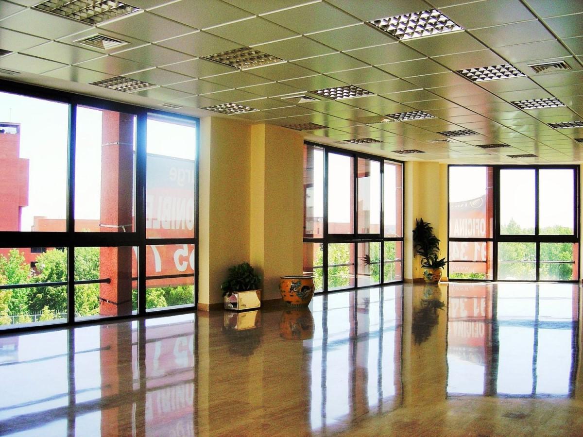 Office  For Sale in San Blas, Madrid