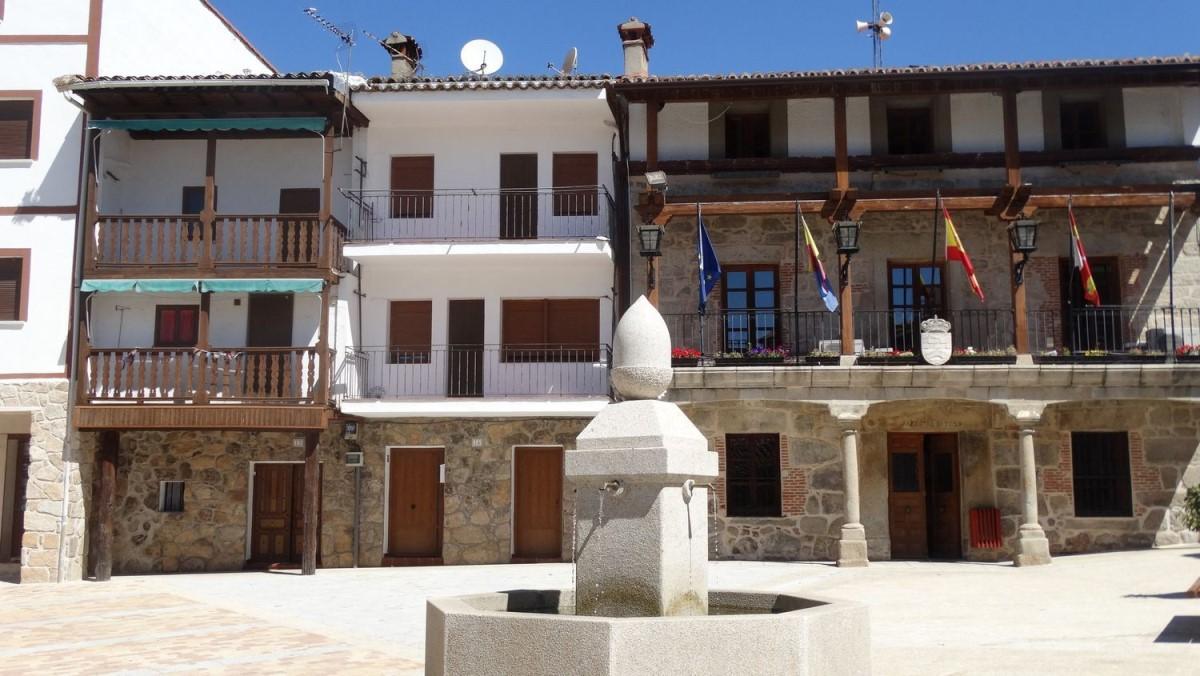 Casa Rural en Venta en  Piedralaves