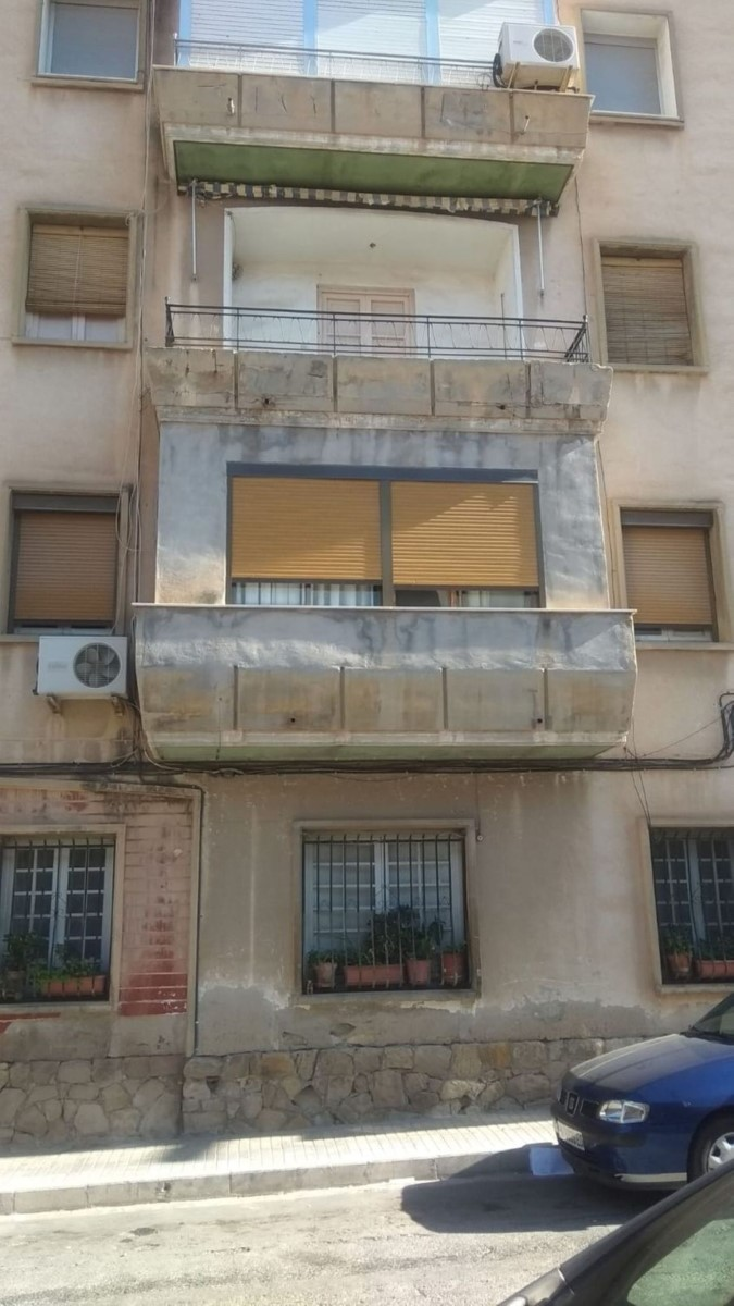 Apartment  For Sale in  Novelda