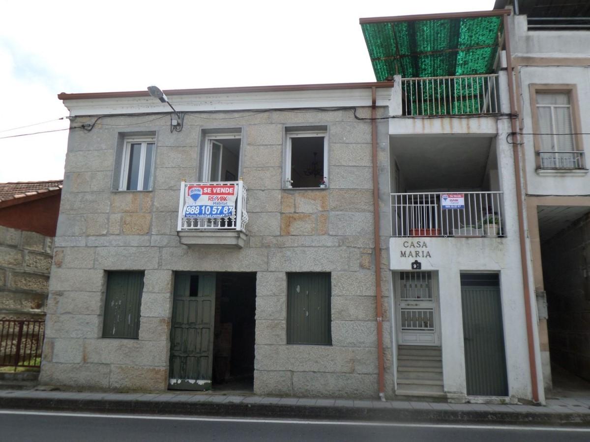 Chalet en Venta en  Ourense