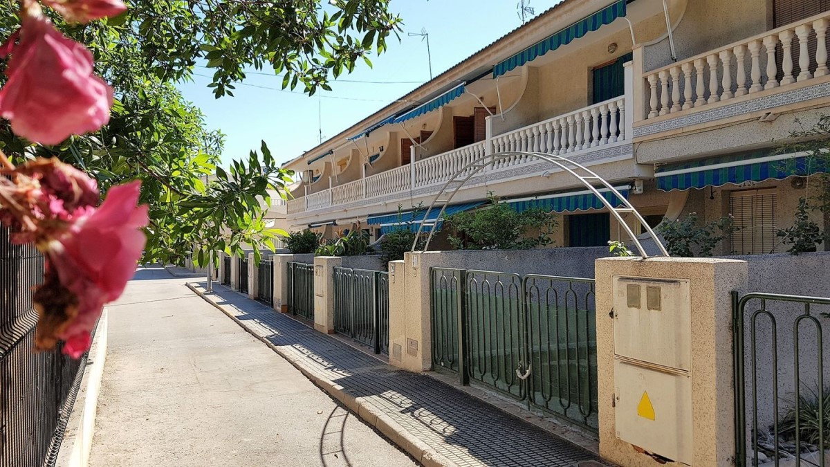 Terraced House  For Sale in  San Pedro del Pinatar