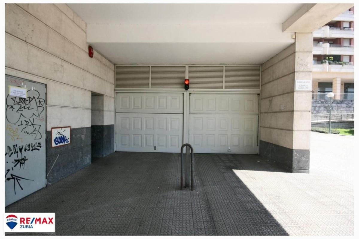 Garaje en Alquiler en Deusto, Bilbao