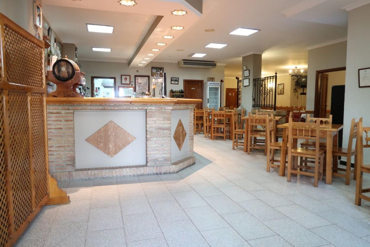 Local Comercial en Venta en  Cantillana