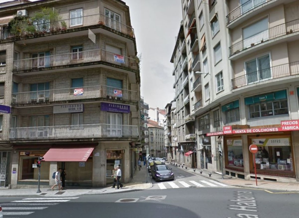 Local Comercial en Venta en  Ourense