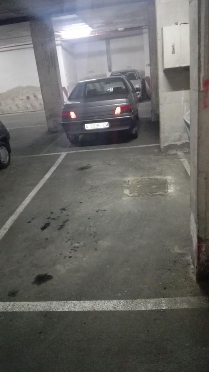 Garaje en Venta en Campoamor-Carolinas-Altozano, Alicante/Alacant