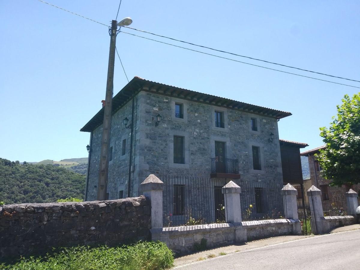 Casa Rural en Venta en  Soba