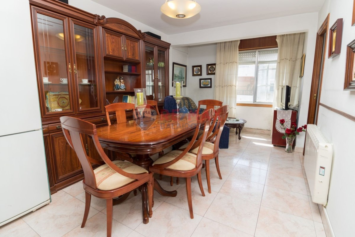 Apartment  For Sale in  Vigo
