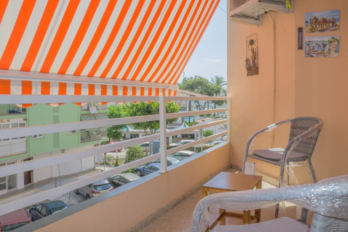 Apartment  For Rent in  playa de farnals