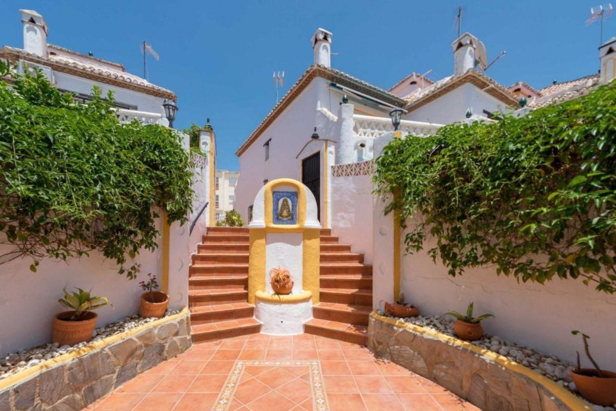 Chalet Adosado en Venta en Sitio De Calahonda - Atalaya, Mijas