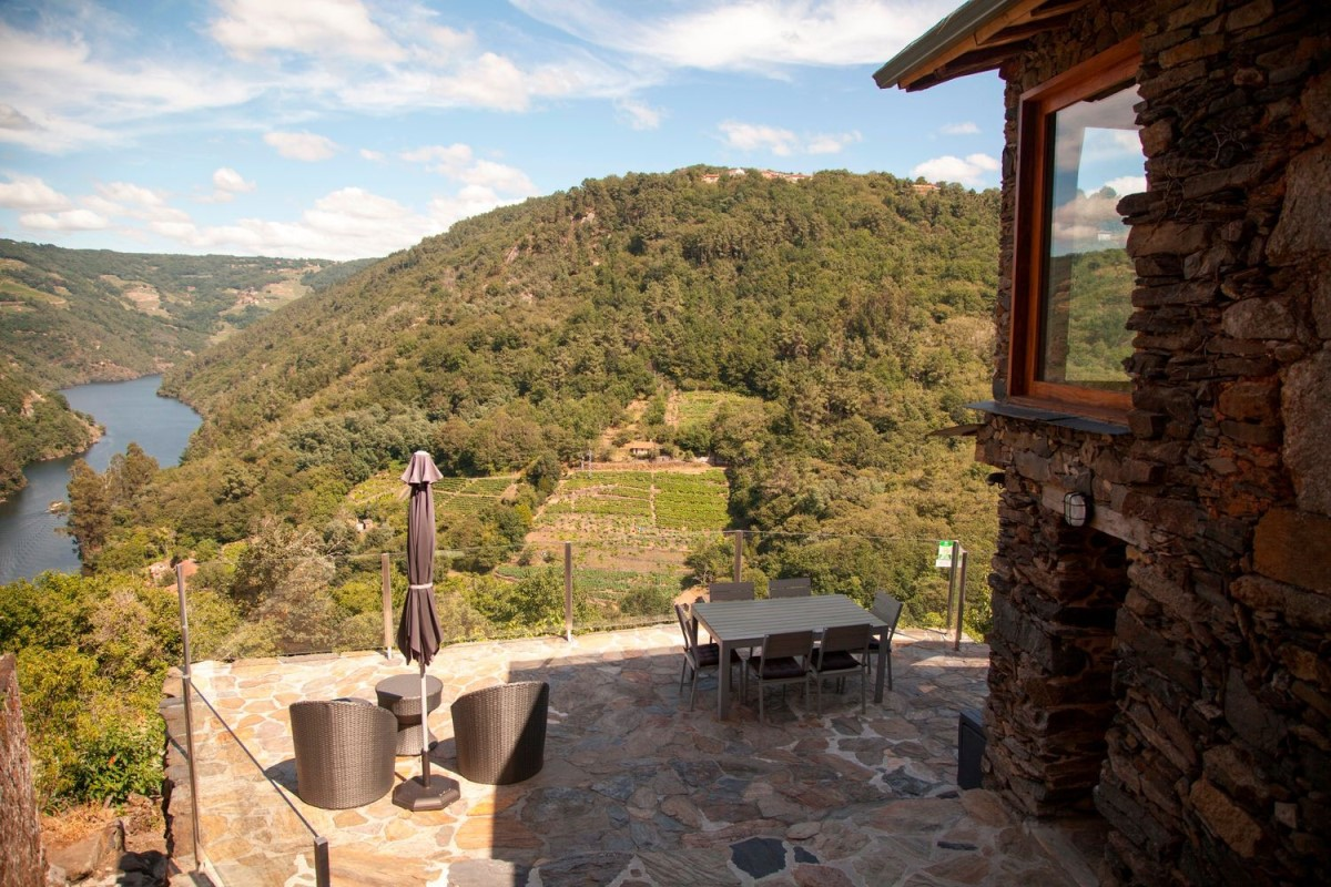 Casa Rural en Venta en  Chantada