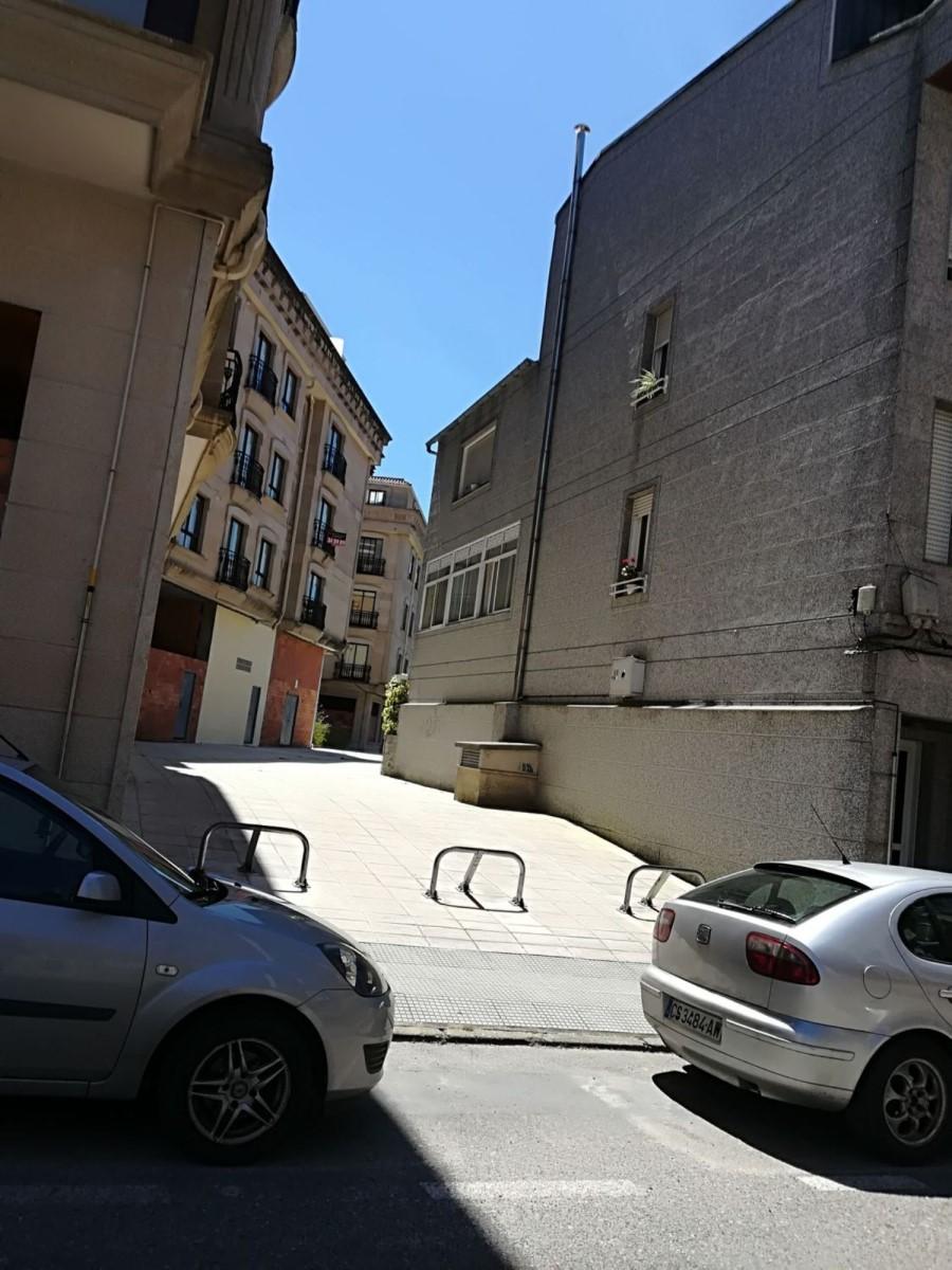 Local Comercial en Venta en  Salceda de Caselas