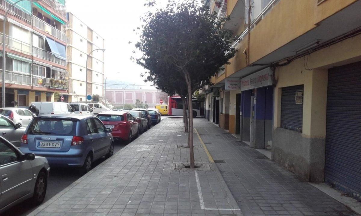 Nave Industrial en Venta en Plà Del Bon Repòs-La Goleta-San Antón, Alicante/Alacant