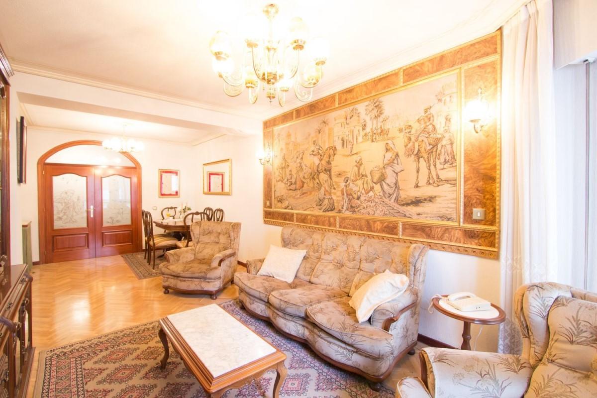Apartment  For Sale in  Segovia