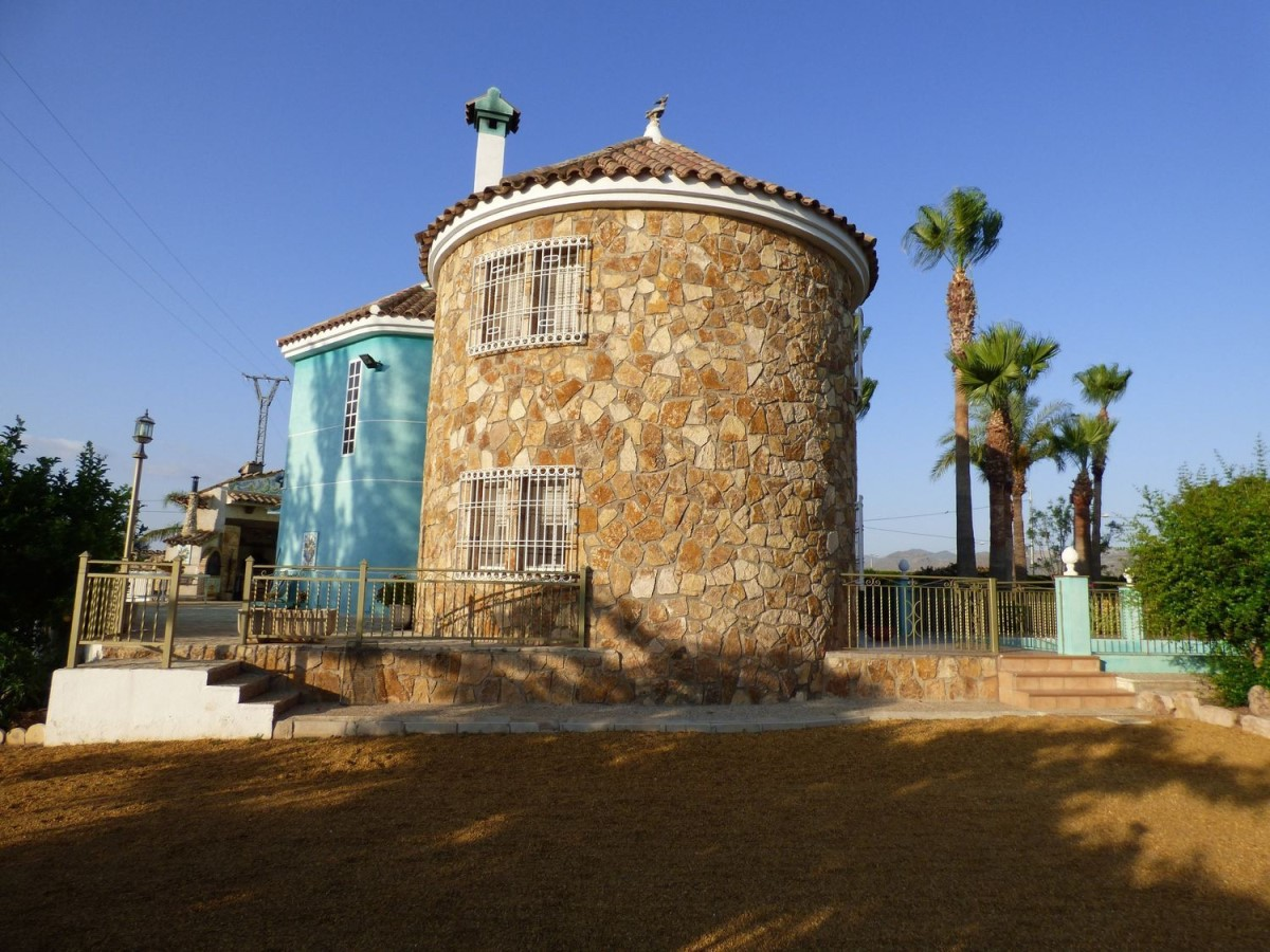 Chalet en Venta en  Lorca