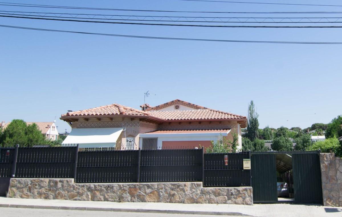 Chalet en Venta en  Sevilla la Nueva