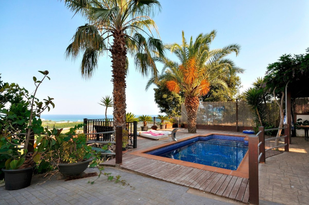 House  For Sale in  Santa Susanna