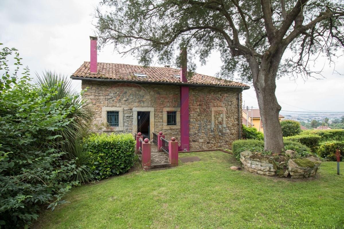 Casa Rural en Venta en Somió - Cabueñes, Gijón