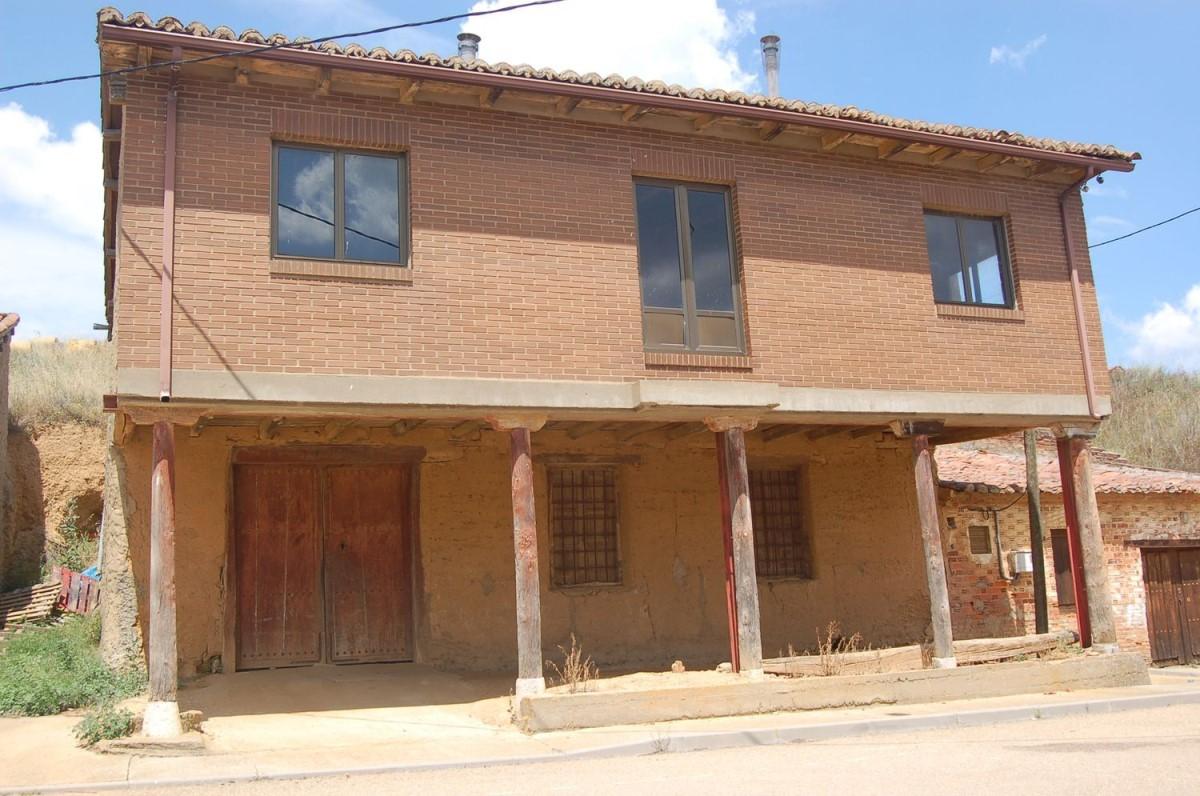 Casa Rural en Venta en  Valdevimbre