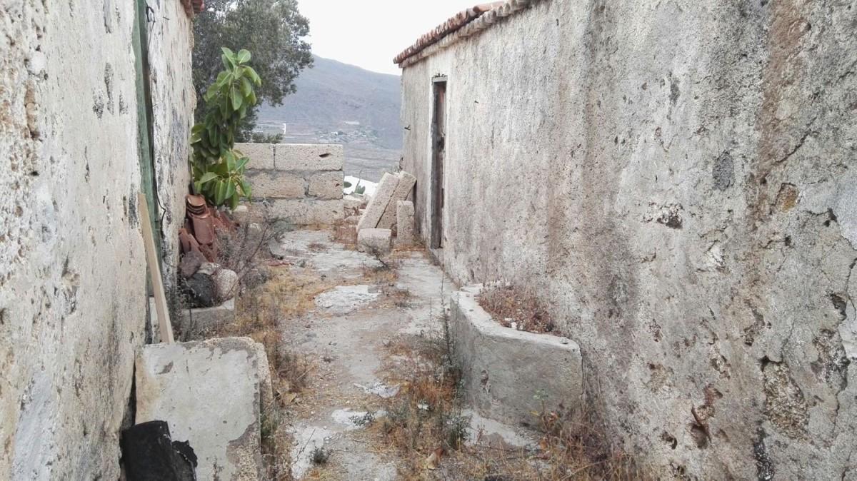 Casa Rural en Venta en  Arona