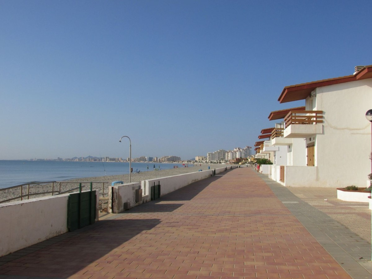 Dúplex en Venta en  La Manga Del Mar Menor