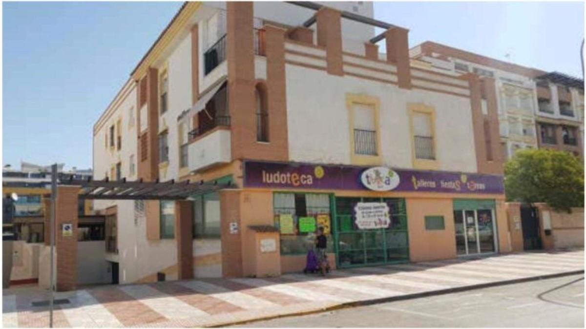 Local Comercial en Alquiler en Roquetas, Roquetas de Mar