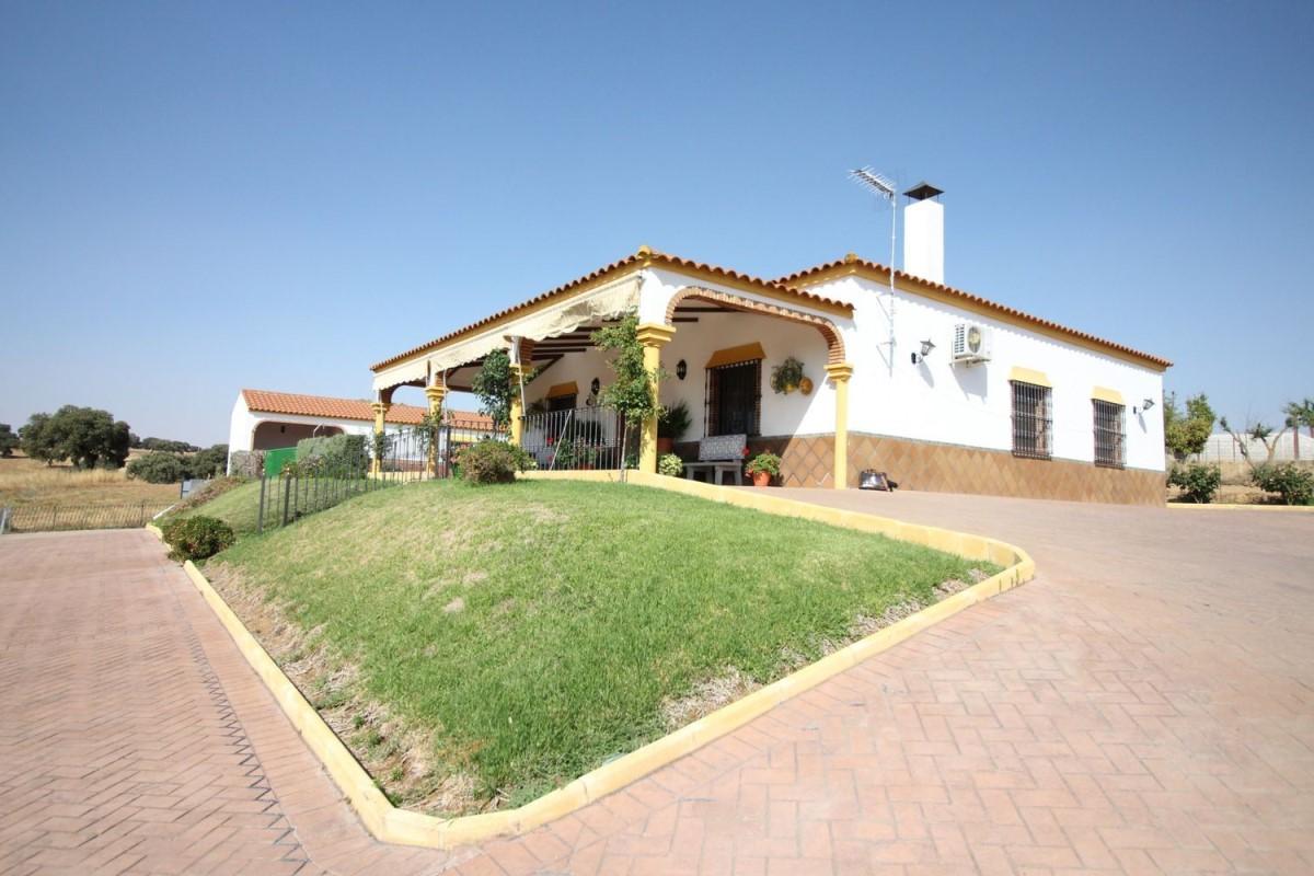 Casa Rural en Venta en  Fuente Obejuna