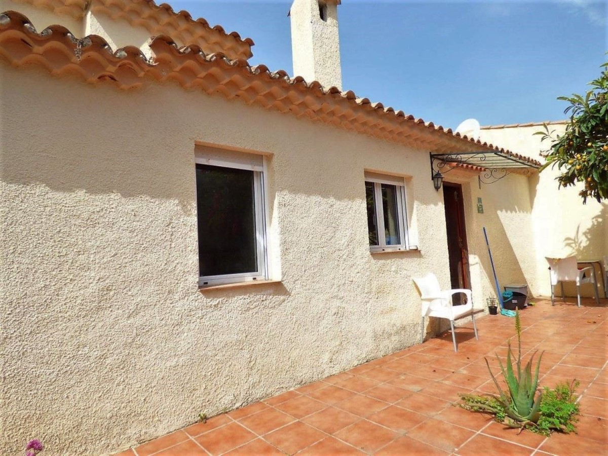 House  For Sale in  Denia