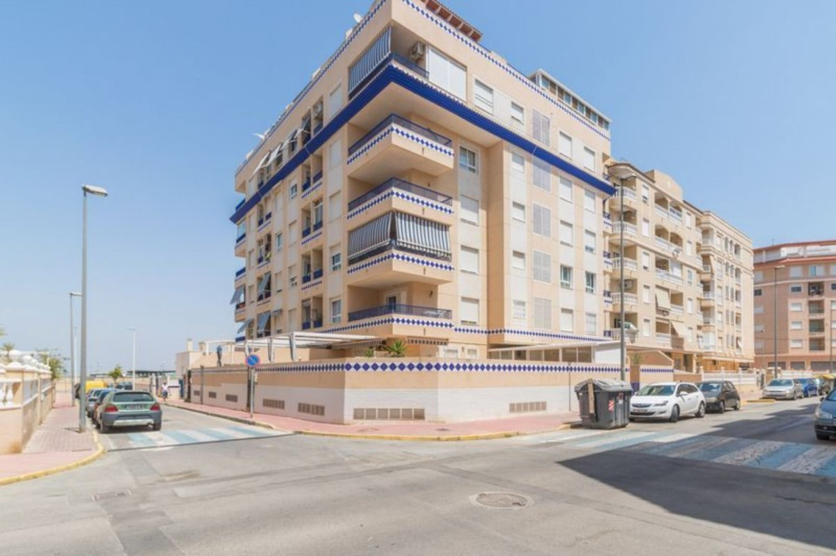 Duplex  For Sale in  Guardamar del Segura