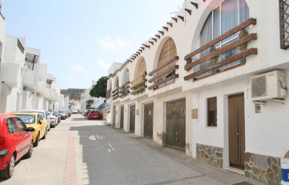 Garaje en Venta en  Níjar