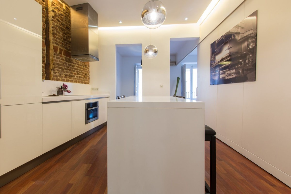 Apartment  For Rent in Centro, Madrid