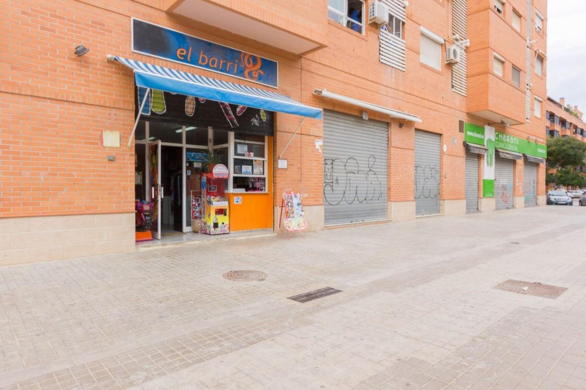 Local Comercial en Alquiler en Camins Al Grau, València