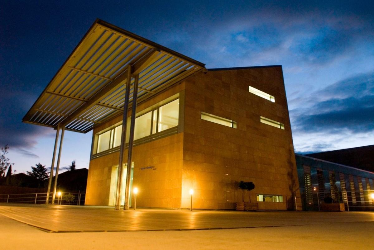 Edificio Dotacional en Venta en  Alpedrete
