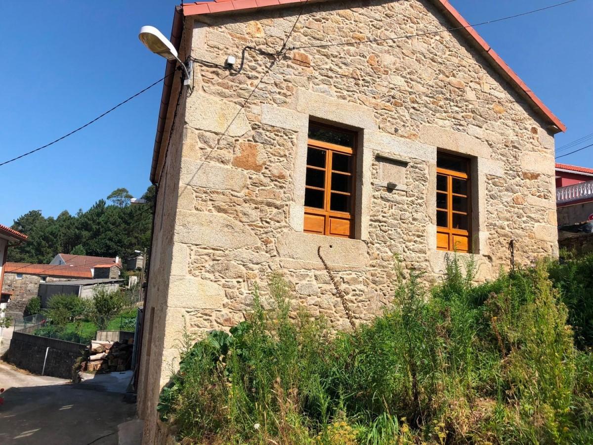 Casa Rural en Venta en  Laxe