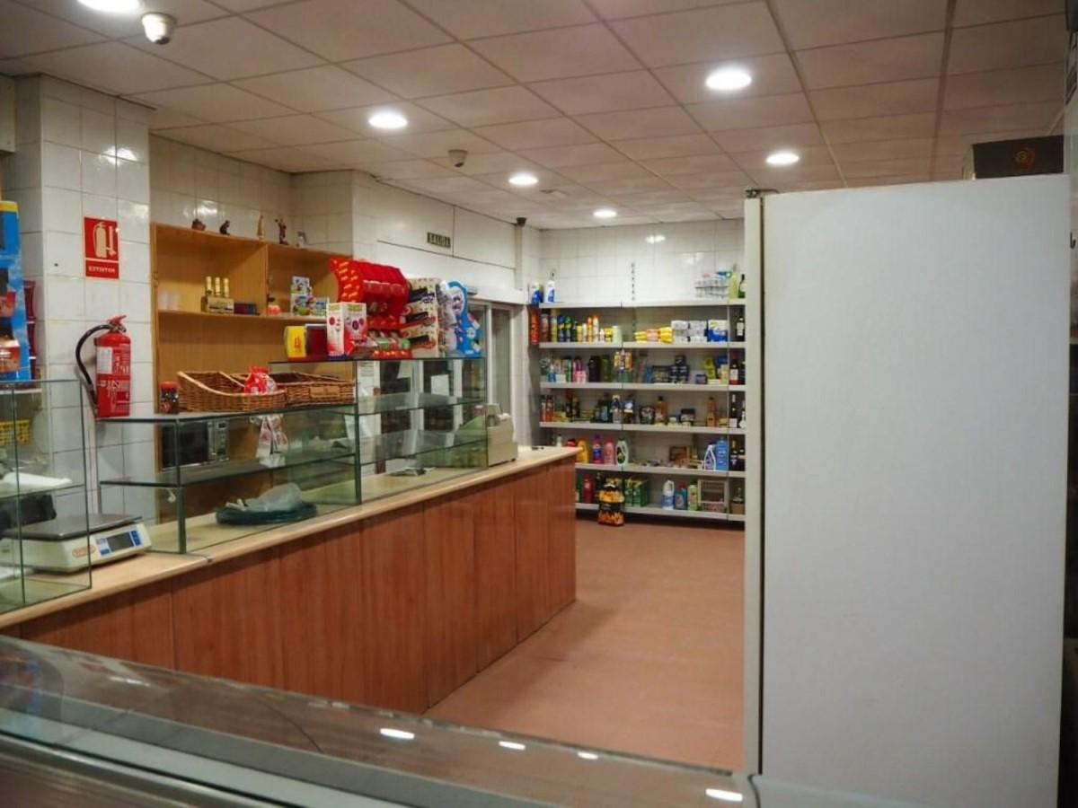 Local Comercial en Alquiler en  Cartagena