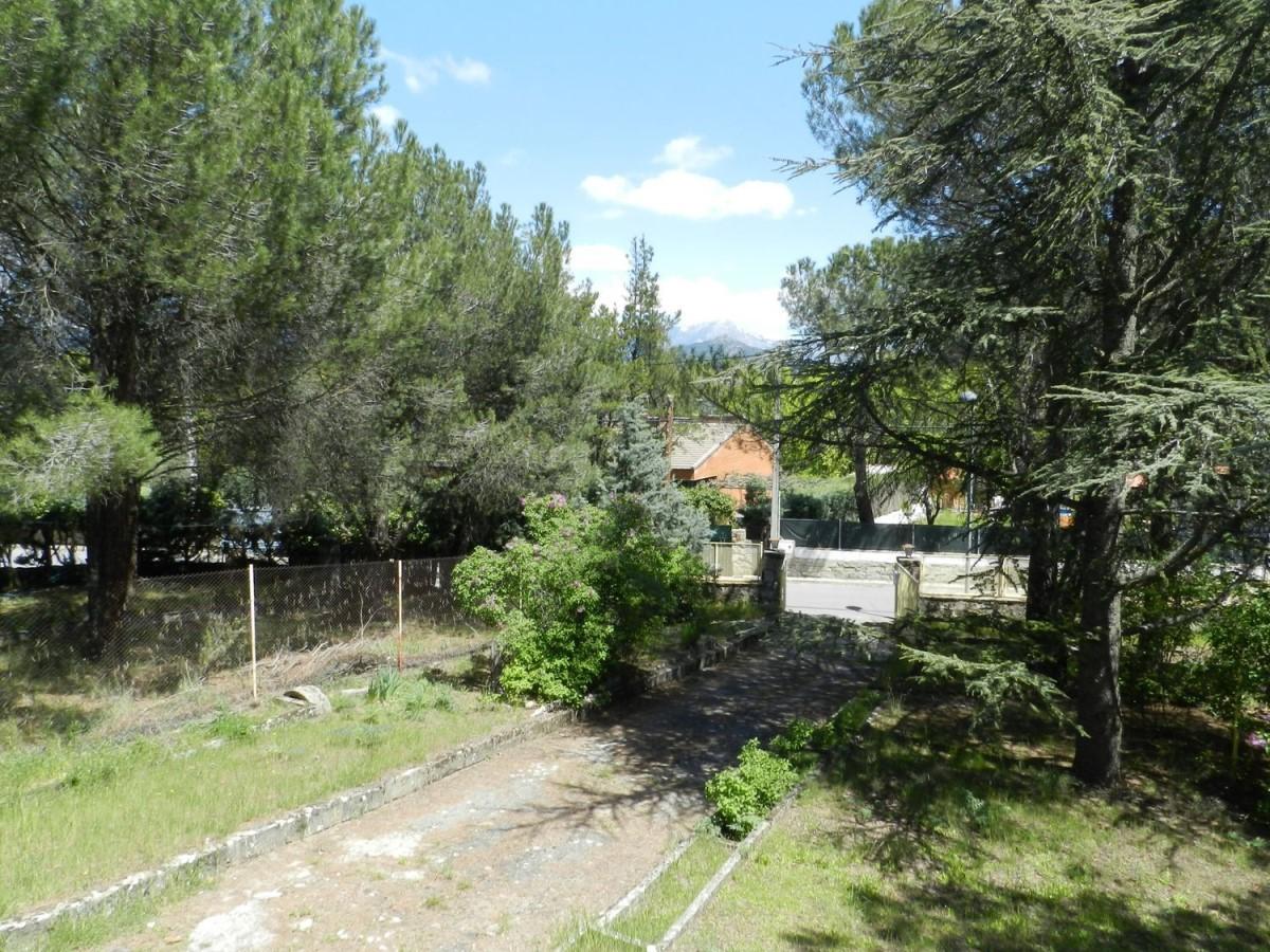 Chalet en Venta en  Guadarrama