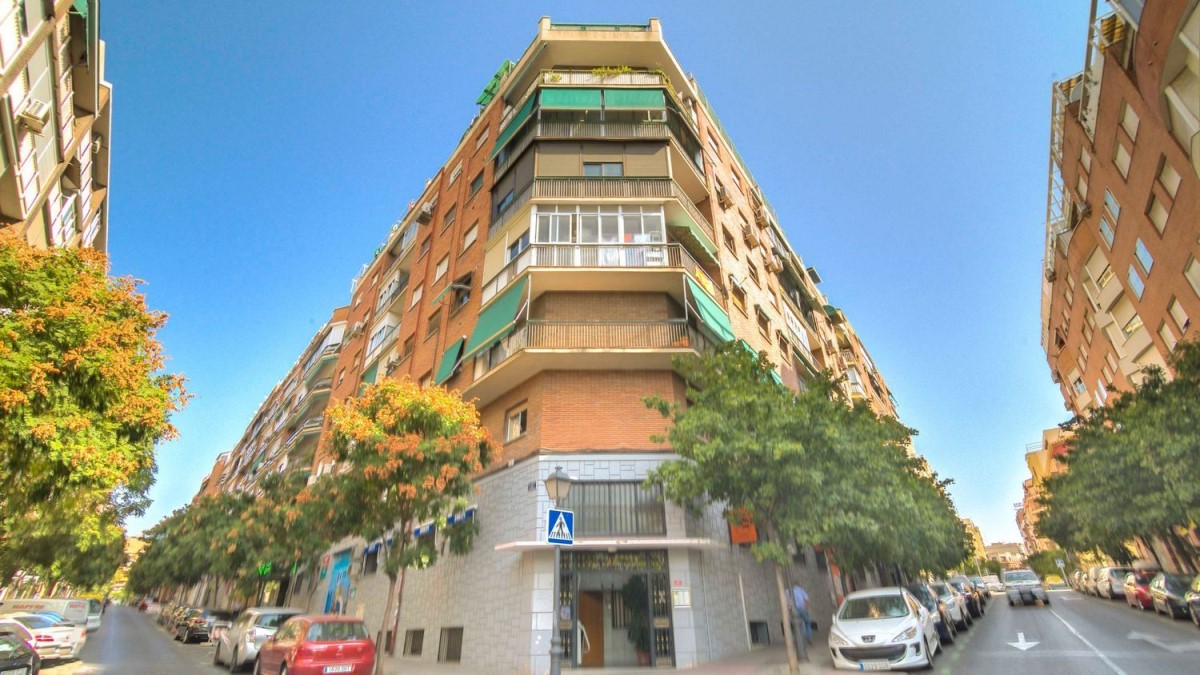 Apartment  For Sale in Arganzuela, Madrid