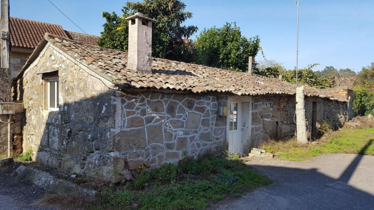Casa Rural en Venta en  Tui