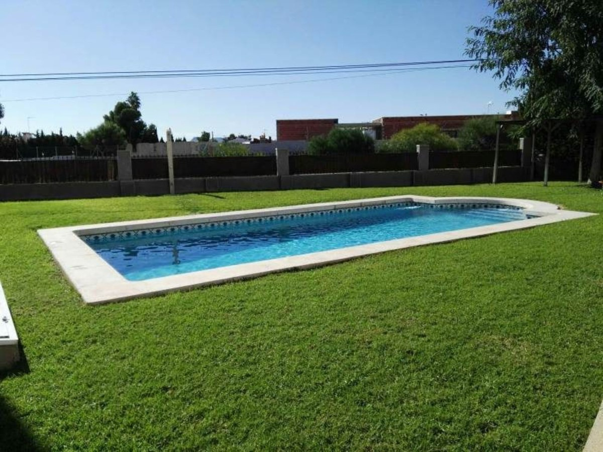 Terraced House  For Sale in  San Vicente del Raspeig