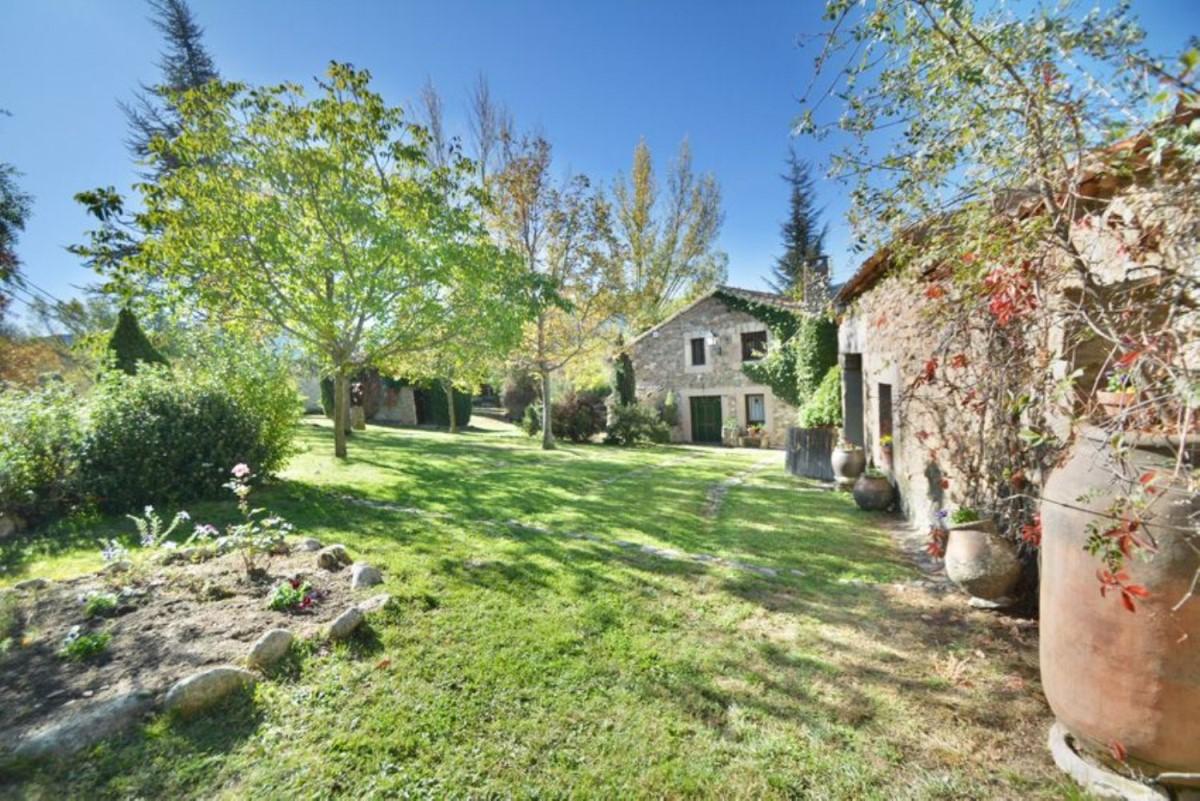 Casa Rural en Venta en  Navafria