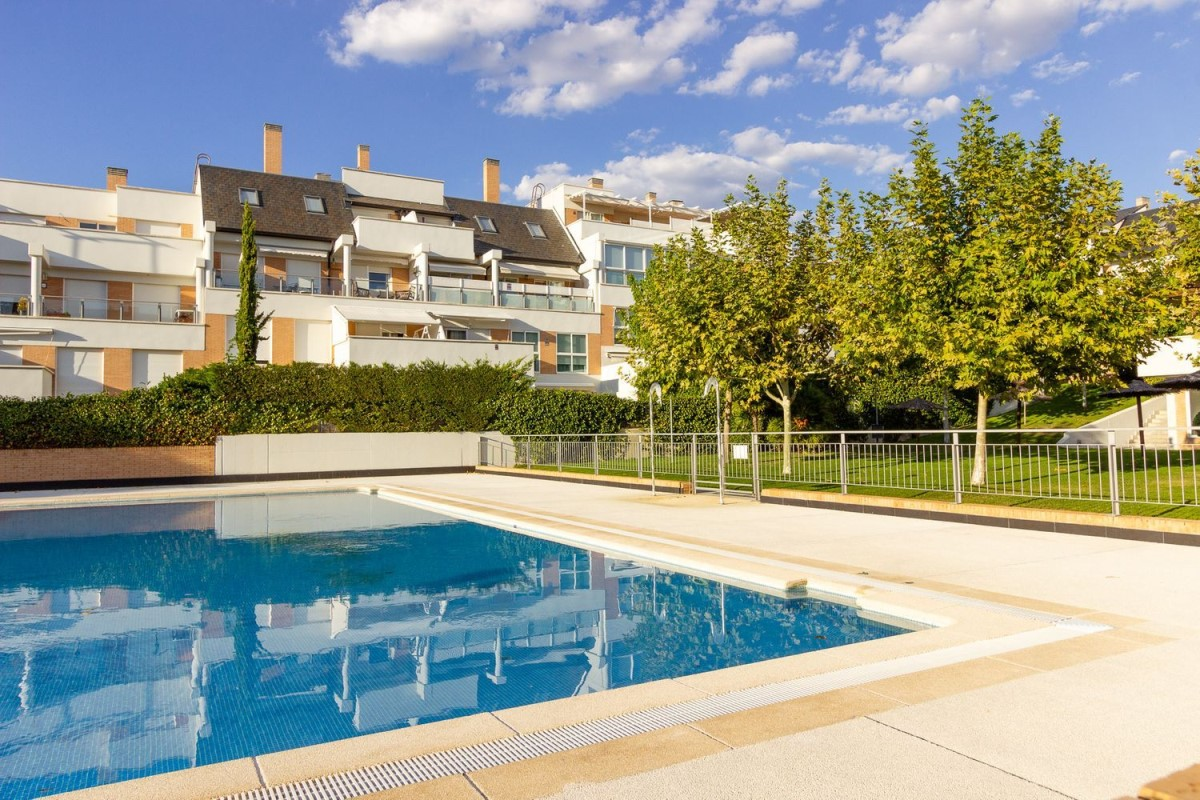 Apartment  For Rent in El Cantizal, Rozas de Madrid, Las