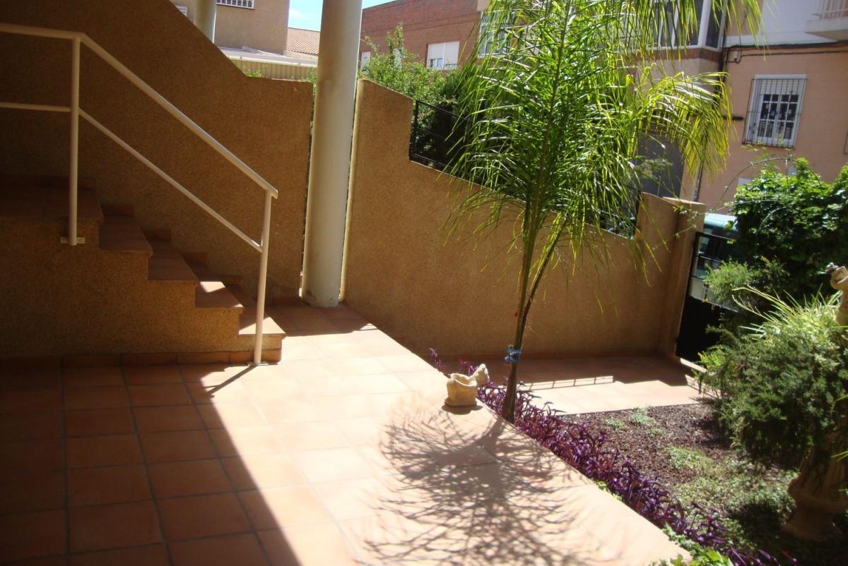 Chalet Adosado en Venta en Los Dolores, Cartagena