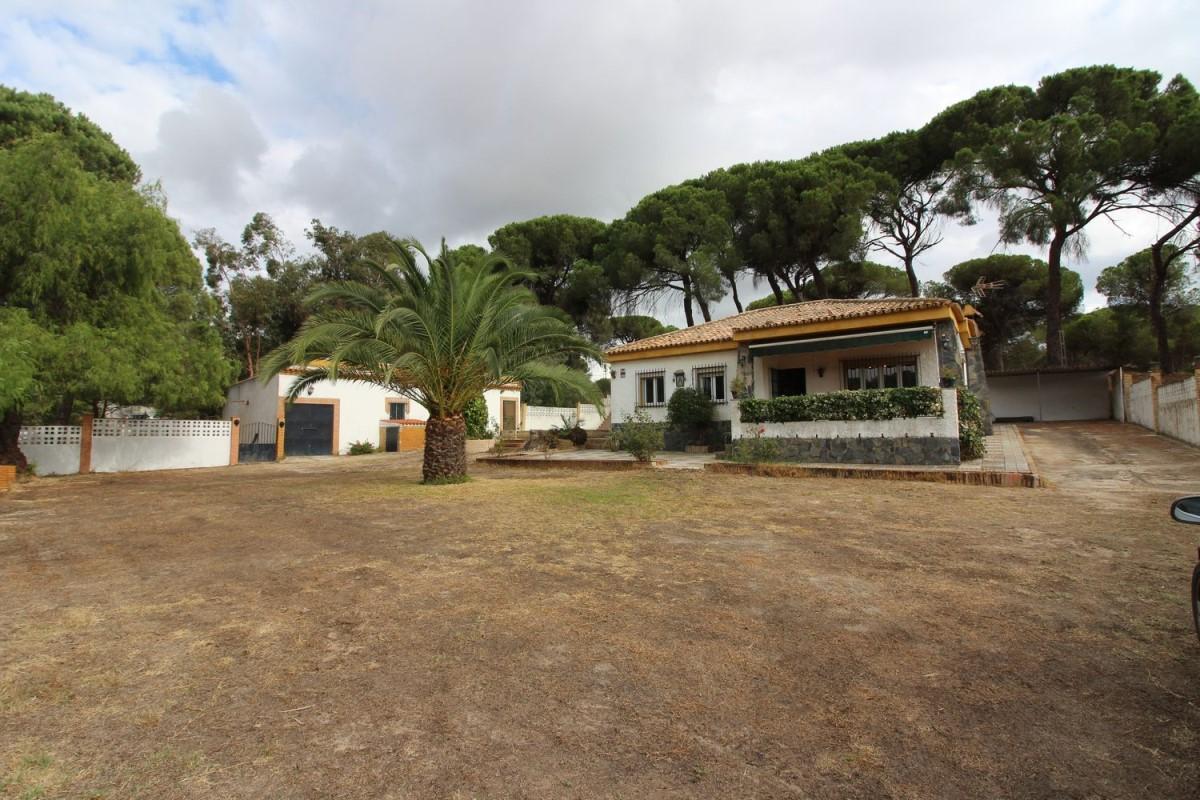 Casa Rural en Venta en  Lucena del Puerto