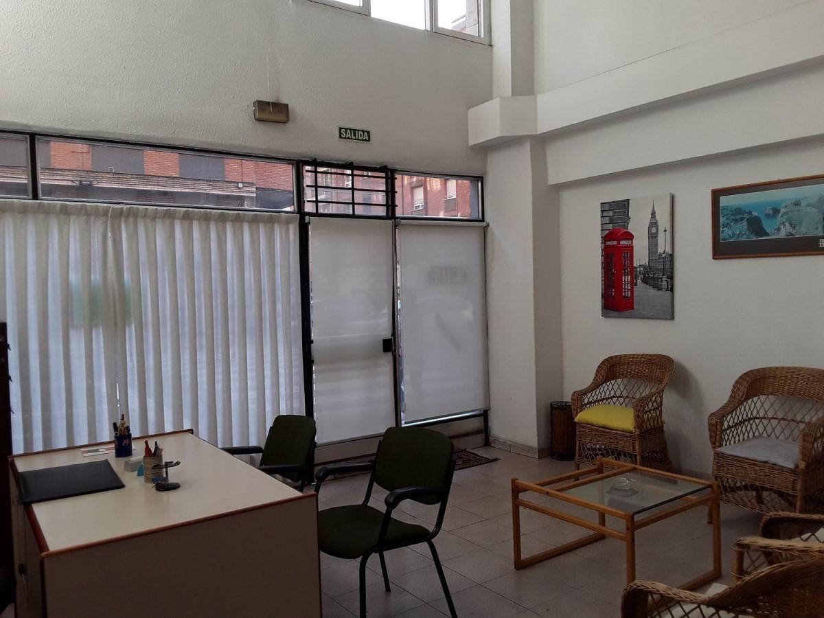 Local Comercial en Alquiler en El Llano, Gijón