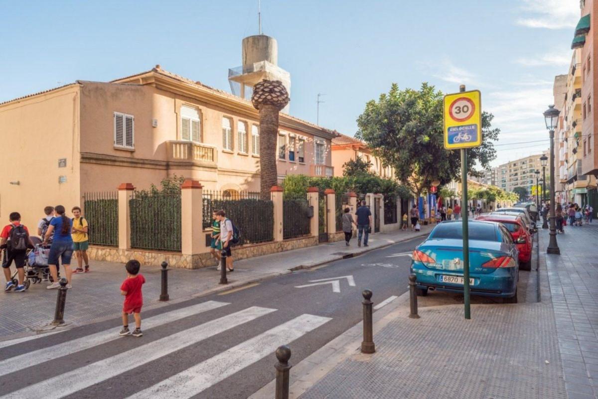 Local Comercial en Venta en Jesús, València