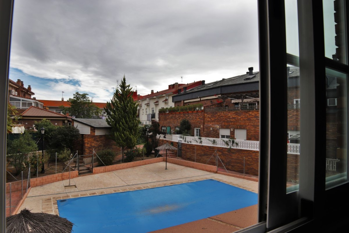 Penthouse  For Sale in  Colmenarejo