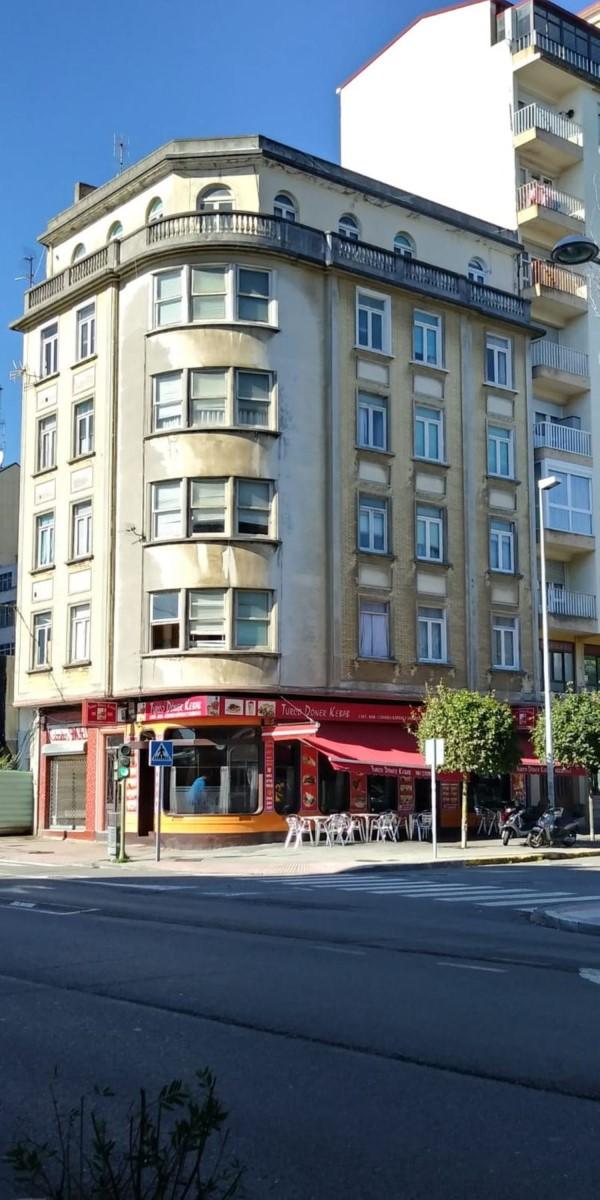 Edificio de Viviendas en Venta en  Ferrol