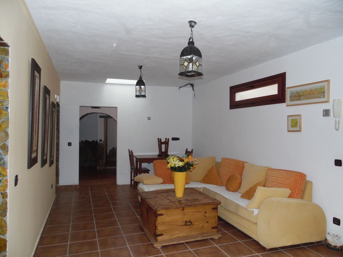 House  For Sale in  Galdar